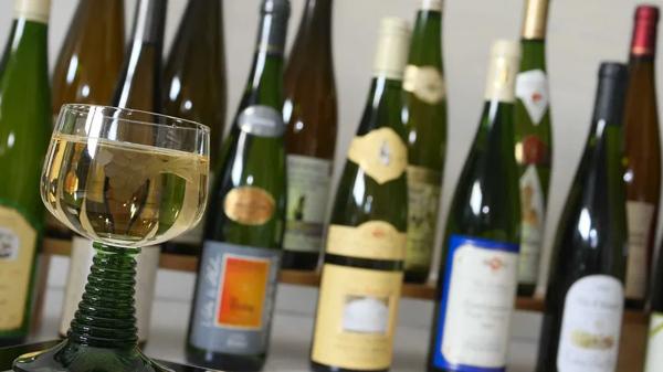 Verre de Vin Blanc d'Alsace